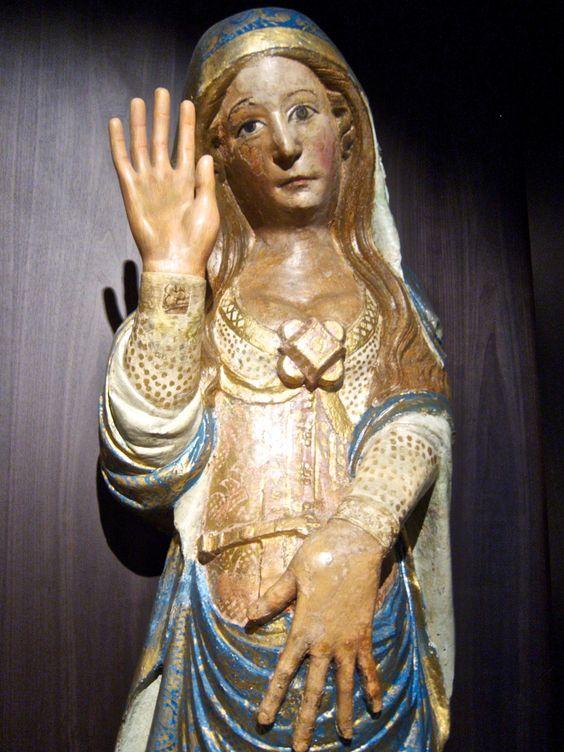 Spain, Santiago de Compostela, Cathedral de Santiago, statue of the pregnant Madona, Icon